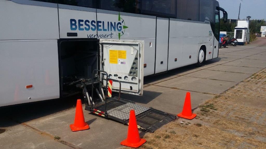 Besseling_Travel_Rolstoelbus