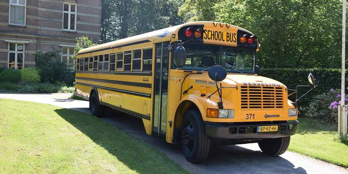 Besseling_USA_Schoolbus_1-min
