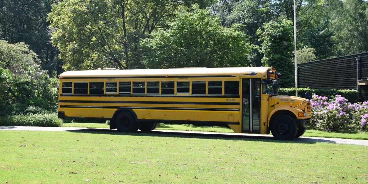 Besseling_USA_Schoolbus_3-min