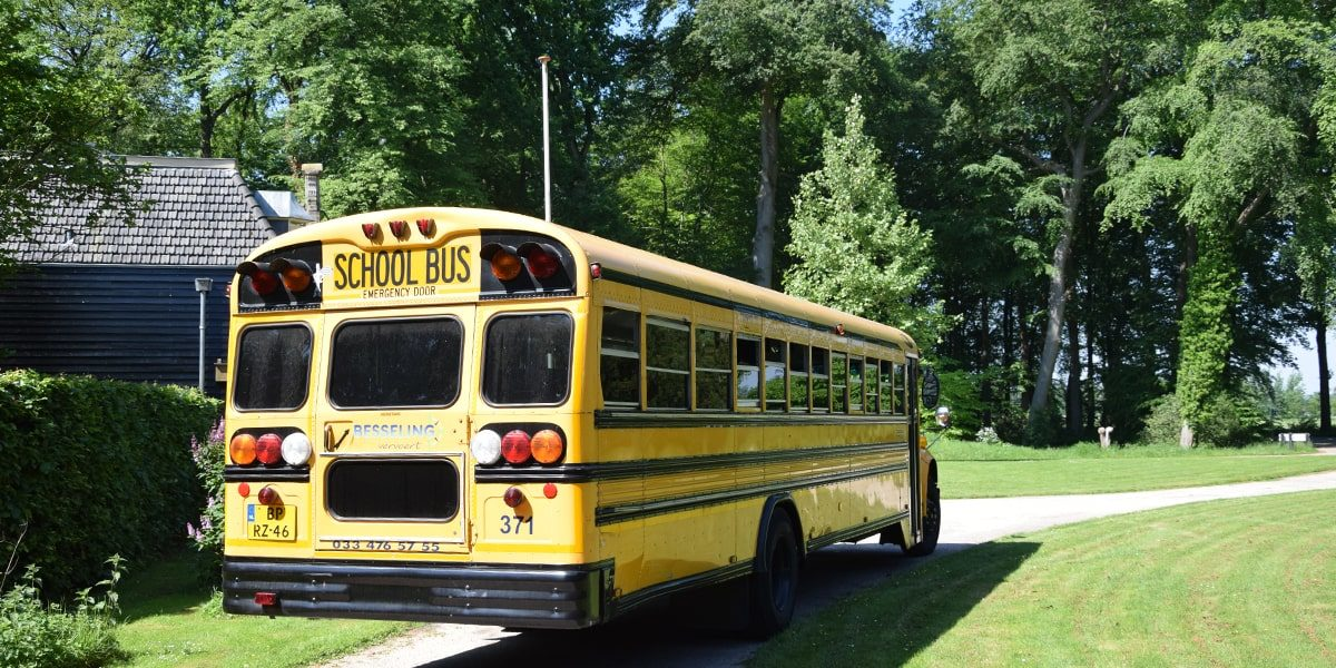 Besseling_USA_Schoolbus_4-min