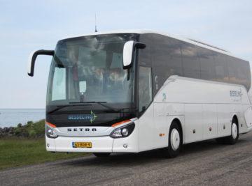Besseling Travel luxury coaches, Touringcars bij meer